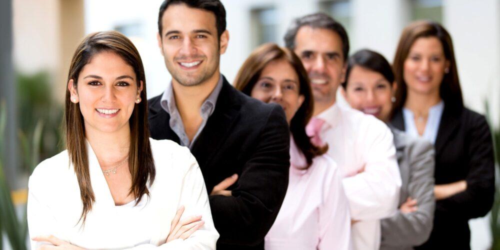 Naši stručnjaci za investicijske kovine stoje vam na usluzi